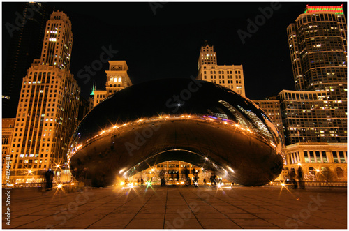 Leinwandbild Motiv Chicago Beam at winter night