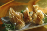 steam-cooked chinese shrimp raviolis