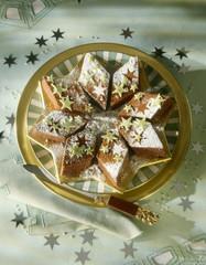 star-shaped chocolate cake