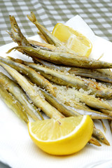 deep-fryed eels with lemon and coarse salt