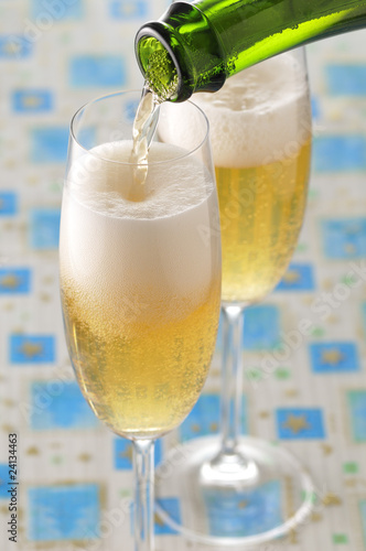 pouring glasses of champagne