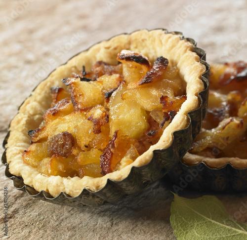 apple and grape tartlets