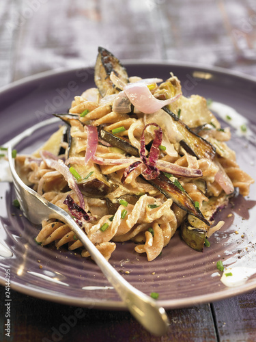 spelt pasta sauteed with eggplants and artichokes