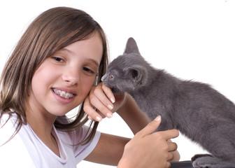 l'adolescente et le chaton