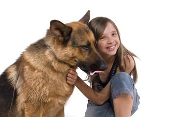 jeune adolescente et son chien