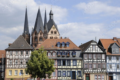 Leinwandbild Motiv Obermarkt und Marienkirche in Gelnhausen