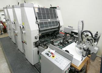 Offset machine