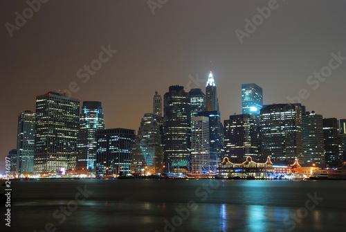 NEW YORK CITY MANHATTAN NIGHT SCENE PANORAMA