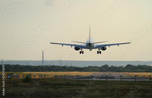 Flugzeug Landung Flughafen