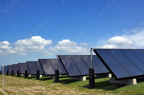 Leinwanddruck Bild Solarthermieanlage