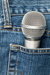 Microphone in a pocket