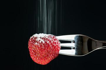 Erdbeere einzuckern