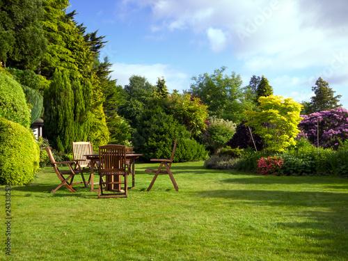English Garden - 24338253