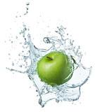 Green apple in water - 24350677