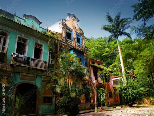 Zdjęcia na płótnie, fototapety, obrazy : abandoned house in rio