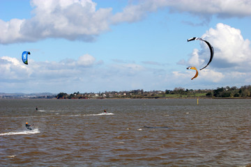 kitesurfers on River Exe