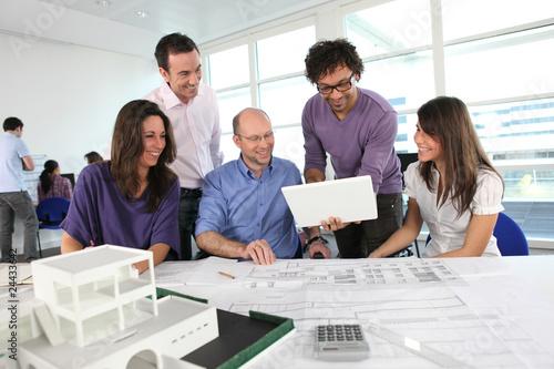 Réunion de professionnels de l'architecture