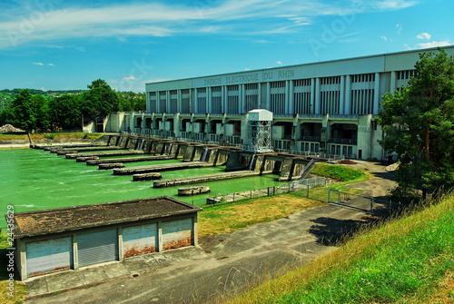 Aluminium Dam Barrage et central électrique hydraulique du Rhin, Alsace.