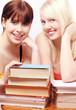 Mädchen und Bücher