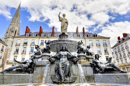 Fontaine - 24475616