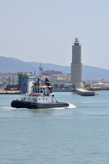 Tugboat - Lighthouse - rimorchiatore - faro