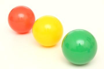 Rouge, jaune, vert