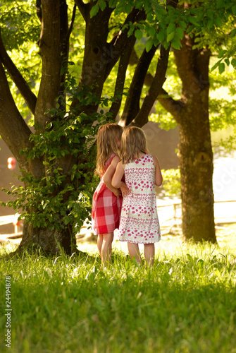 canvas print picture two children