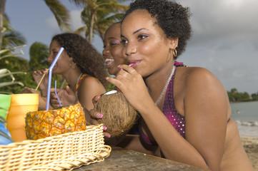 Pique-nique sur la plage - lait de coco
