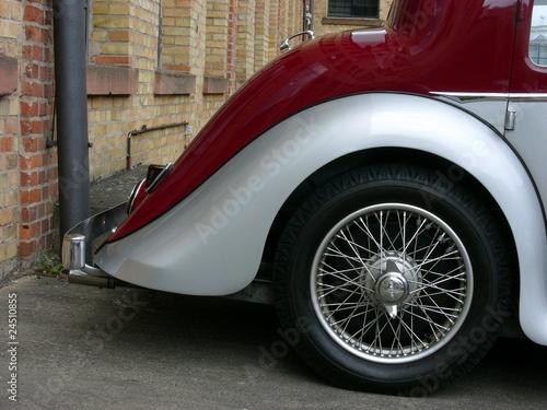 Mattschwarze Buick Wildcat