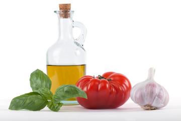 Tomate, Olivenöl, Basilikum und Knoblauch