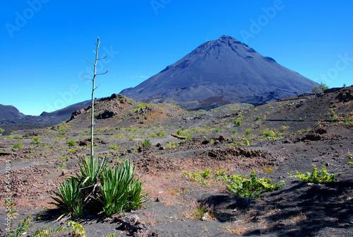 Papiers peints Autre Afrique Fogo Volcano on Fogo Island, Cape Verde, Africa