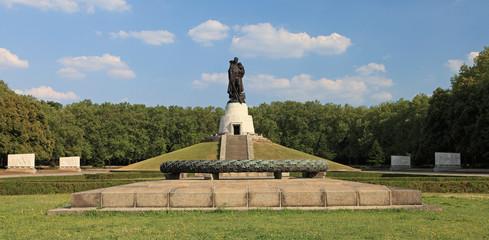 Treptow-Ehrendenkmal
