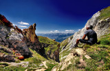regard lointain vers la montagne