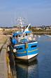 chalutier dans le port de Roscoff, Bretagne, France