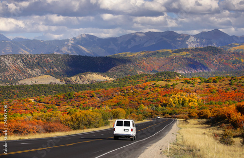 Scenic drive near Dallas divide