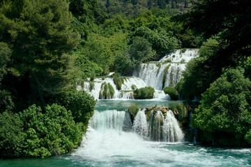 Idullyc Waterfall