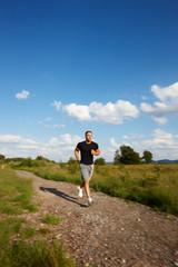 Mann beim Laufen