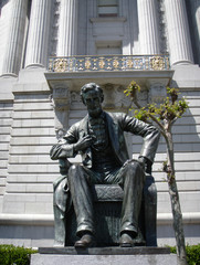 Statue of Abe Lincon in Front of City Hall San Francisco
