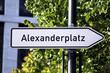Wegweiser Alexanderplatz Berlin