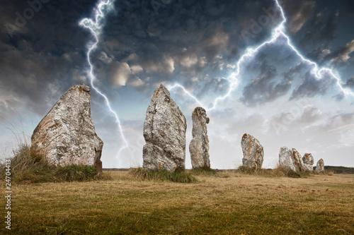 menhir dolmen orage éclair foudre bretagne temps orageux mystè