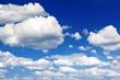 Cumuluswolken am Himmel