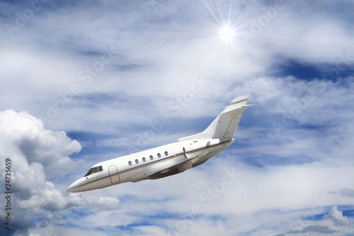 Executive jet in picchiata