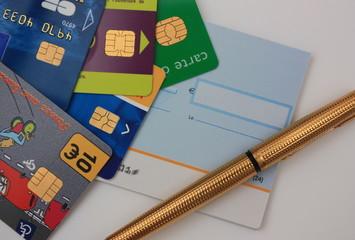 Moyens de paiement - Cartes à puce - chèque bancaire