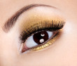 Eye glamour make-up