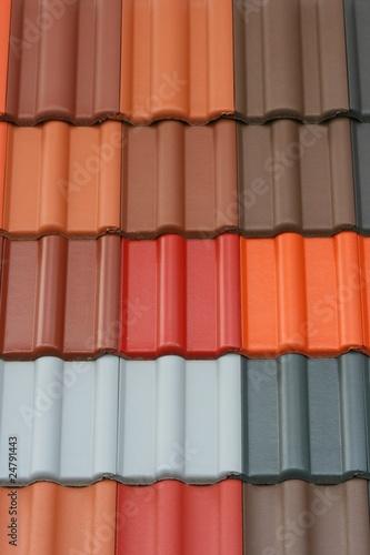 Verschiedenfarbige Dachziegel