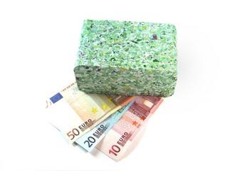 Banconote Euro triturate