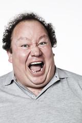 cri de colère d'un homme obèse