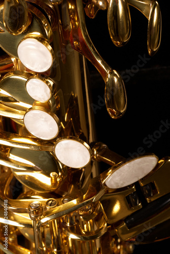 Wind instrument mechanism