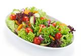 salata mixta de legume crude