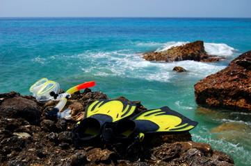 Snorkeling set na skale